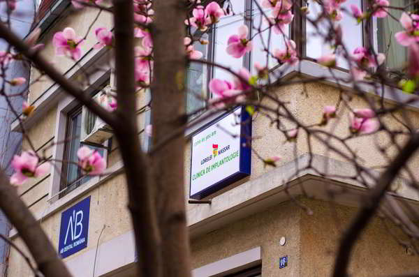 Fatada clinica Dr. Nassar
